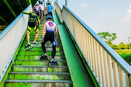 rollerbladers climbing stairs , the worst week of nanowrimo